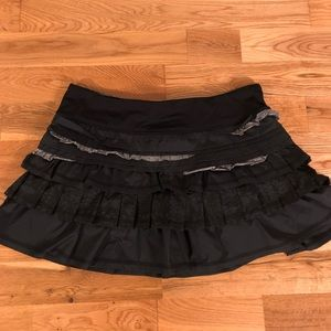 LuLulemon Athletic Miniskirt Ruffled